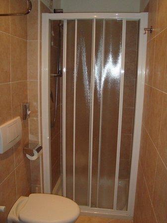 Residence Corte Grimani: Second bath room 101