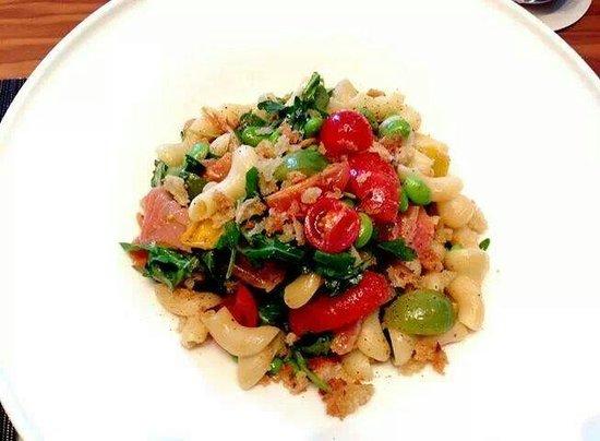 Mario's Pasta Cucina : Salmone al torchio