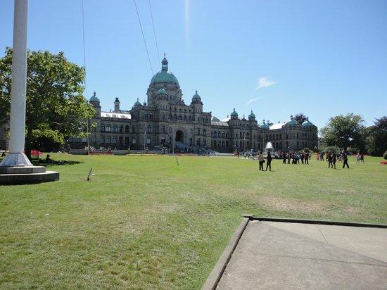 British Columbia Parliament Buildings: 99