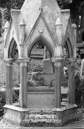 Highgate Cemetery: From the West Cemetery tour.