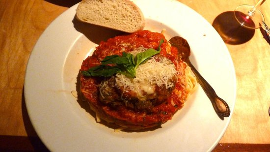 Pasta Piatti: Chicken Parmigiana ~ Very good