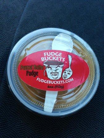 Fudge Buckets: Peanut Butter Fudge