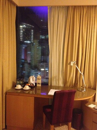 Stanford Hotel Hong Kong: by the window