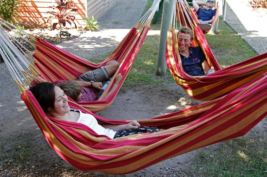 Palace Backpackers Hervey Bay: Laze your days away in the hammock, or sleep under the stars. The choice is yours!