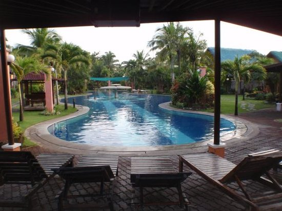 88 Hotspring Resort: メインのプール