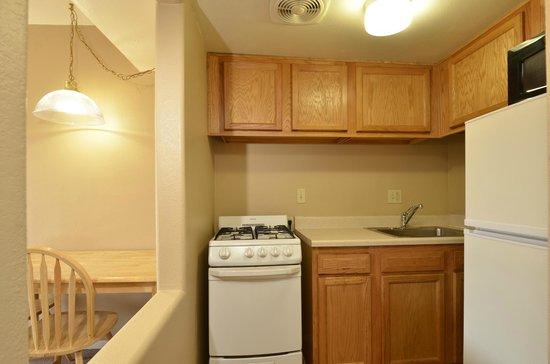 Siesta Palms: One bedroom kitchen.