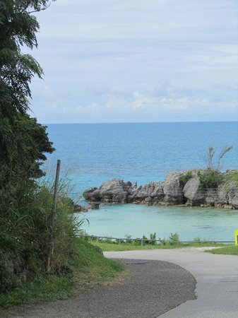 Tobacco Bay: View of the ocean beyond the bay