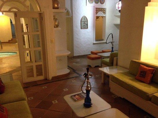 Santorini Hotel & Resort: Sala de narguile