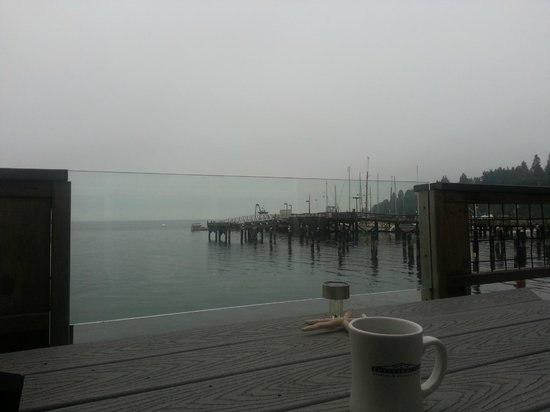 Boatyard Inn: Coffee in the Morning w/the Birds