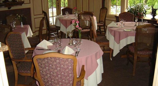 Latch Country Inn-Restaurant