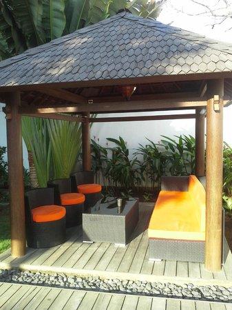 Bali Yarra Villas: Gazebo