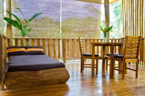 Otro Lado Lodge and Restaurant: house terrace