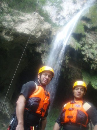 Santiago, المكسيك: Cascada Completa