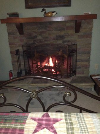 Long Mountain Lodge: One bedroom with fireplace.  1st floor