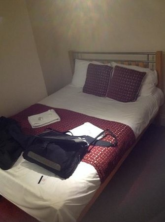 Royal Guest House 2: Small but ok first impression