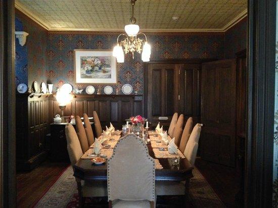 John Wesley Inn : Dining Room where we ate every morning