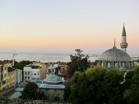 Ada Hotel Istanbul: 屋上からの景色