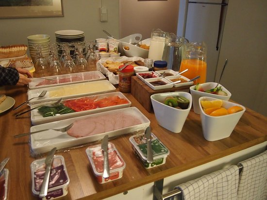 Snorri's Guesthouse : Great breakfast to start your day