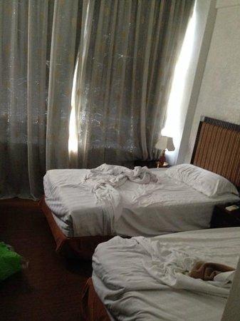 Hotel 34 : bedroom