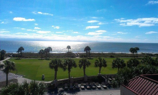 DoubleTree Resort by Hilton Myrtle Beach Oceanfront: Beautiful Sunshine on the Sparkling Ocean