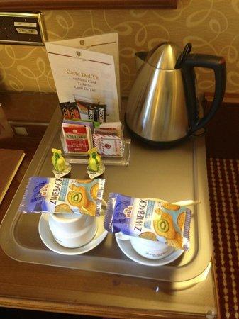 Lugano Dante Center Swiss Quality Hotel : coffee tea