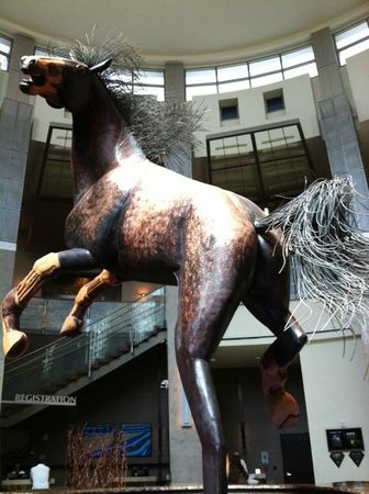 Wild Horse Pass Hotel & Casino: Another angle - horse sculpture at WHP lobby