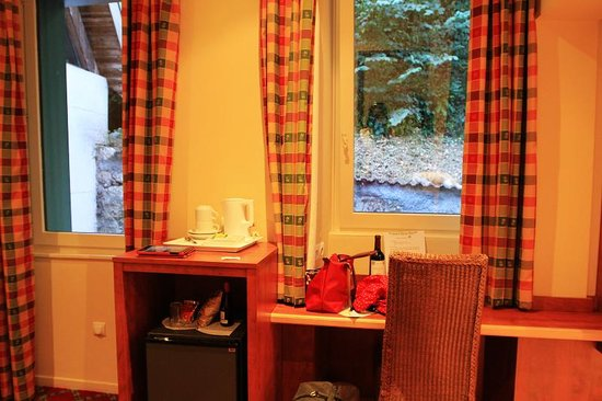 Hotel des Marquisats : Room
