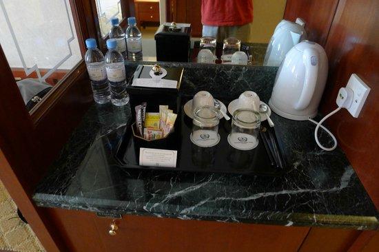 gelas hotel