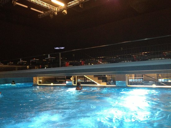 Voda AquaClub and Hotel