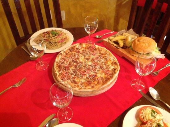 La Esquina de Cervantes: La mejor pizza horneada a la leña