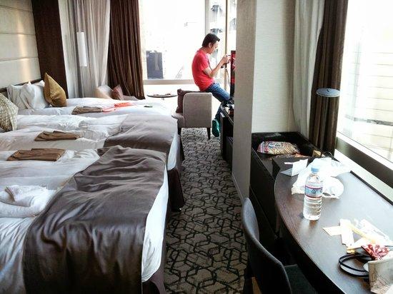 Solaria nishitetsu hotel Ginza : 除了房內走道狹窄外,其餘內裝皆不覺得擁塞