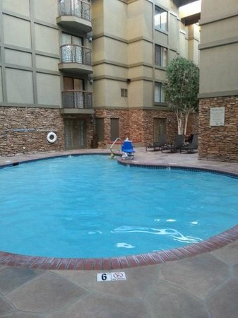 Park City Marriott: Pool with lift chair