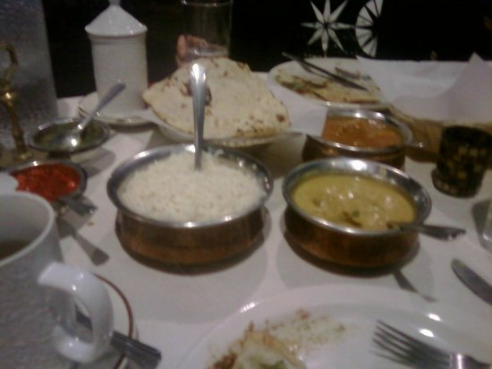 New Delhi Palace: Dinner is Served