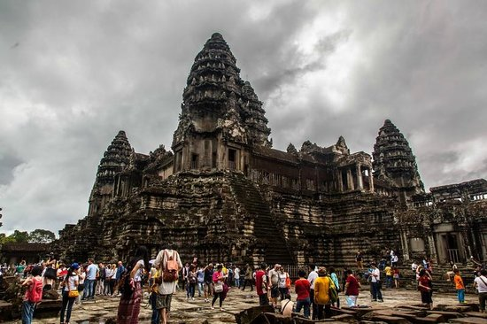 Cambodia Tour Services Private Tours : Angkor Wat