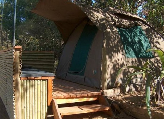 Hazyview Adventure Backpackers: Luxury bedded tent