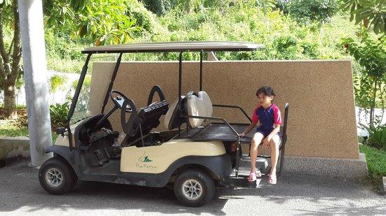 Aonang Phu Petra Resort, Krabi Thailand: waiting for the driver