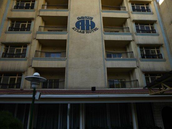 Atlas Hotel: Exterior