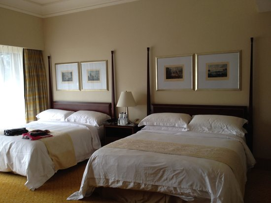The Ritz-Carlton Jakarta, Mega Kuningan : Our room