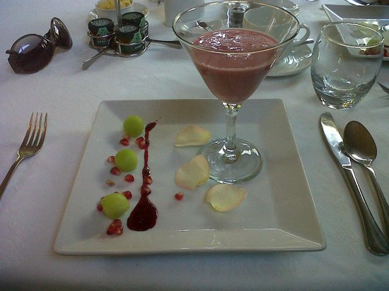 Prana Lodge: One of the breakfast courses