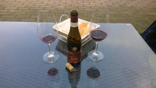 Musella Winery & Country Relais: Солнечное утро с бутылочкой Amarone
