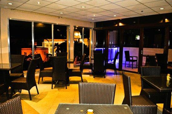 Buena Vida Suites Capitol: Restaurant