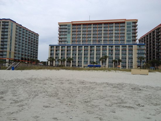 Dunes Village Resort: Hotel from the beach