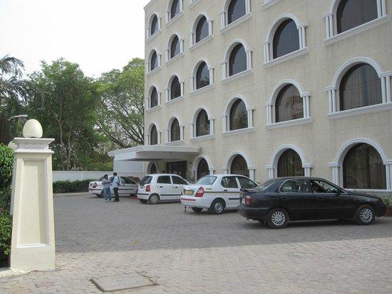 Hotel Pushp Villa : отель Пушпа-Вилла,Агра
