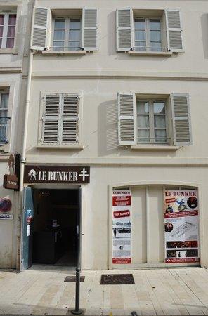 Le Bunker de La Rochelle : Entrée du Bunker au 8 rue des Dames