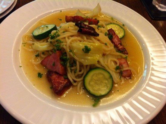 Cucina Caldo: Oil sauce fresh pasta