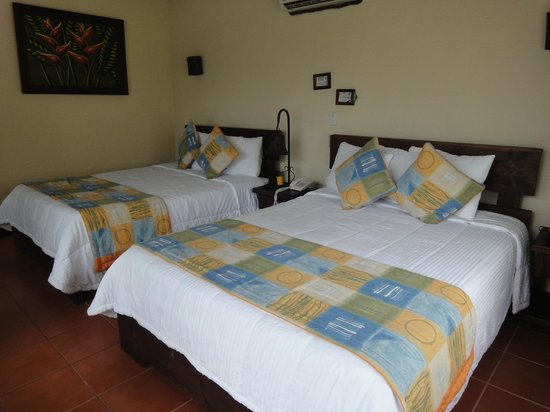 Arenal Springs Resort and Spa : Chambre 2 lits King size