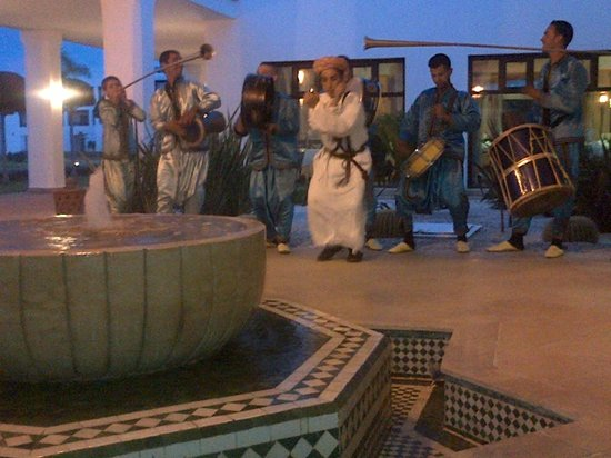 IBEROSTAR Saidia: Actuacion música local