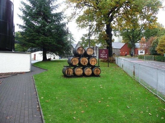 Dewar's Aberfeldy Distillery: Greetings casks