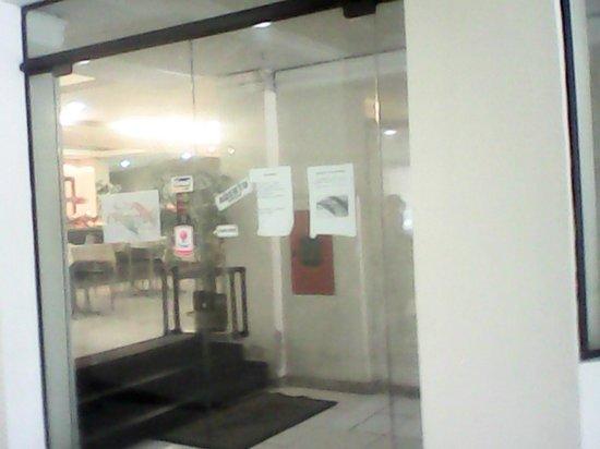 Umbu Hotel Porto Alegre : *********