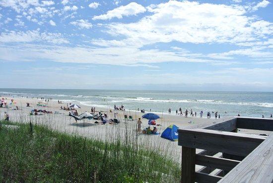 Litchfield Beach & Golf Resort: Пляж